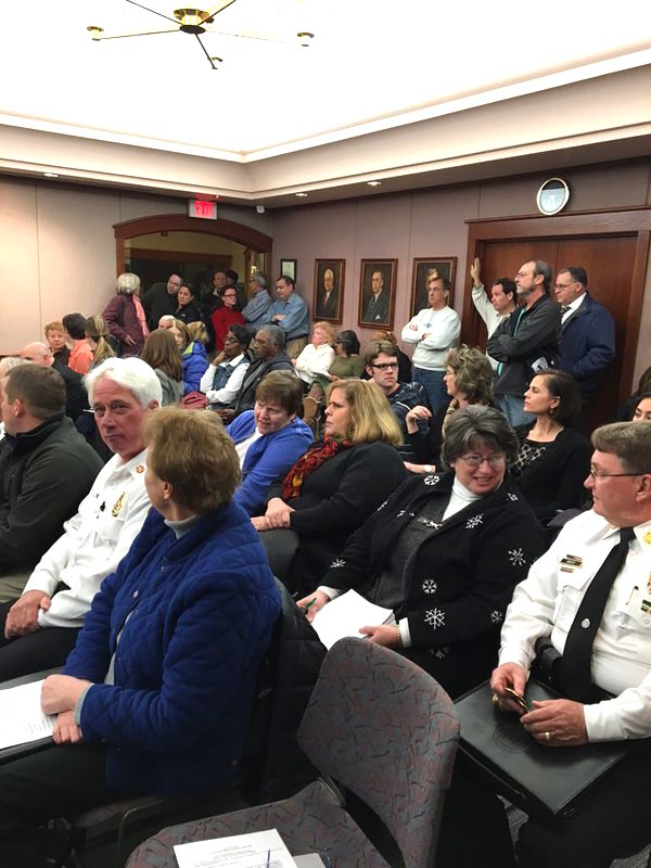 Richmond Heights council chambers fills up before the Jan. 4 meeting. via @RichmondHeightsMO Twitter