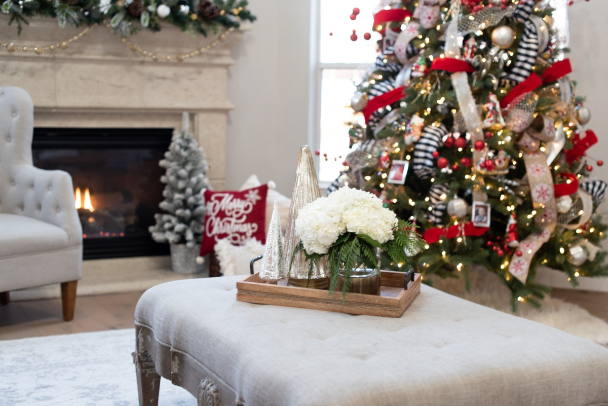 christmas decor living room | Holiday Home Tour: Festive Christmas Home Decor featured by top Houston life and style blog Haute & Humid