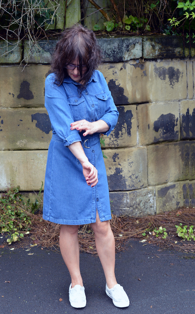 A Little Va Va Voom, Petite Fashion Blog, Miss Selfridges Denim Dress, Petite is the new black, Petite Dress