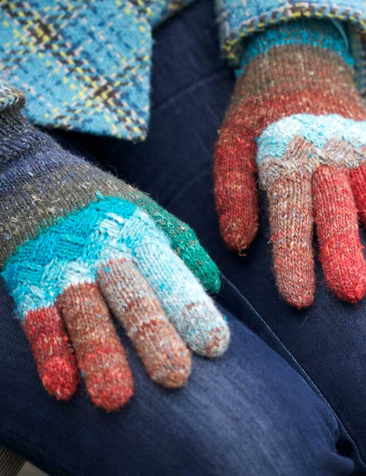 Holli Yeoh   Woven Knuckles gloves