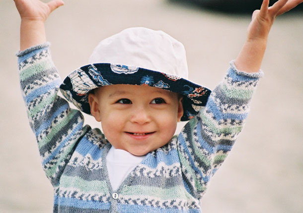 Devan children's cardigan knitting pattern designed by Holli Yeoh
