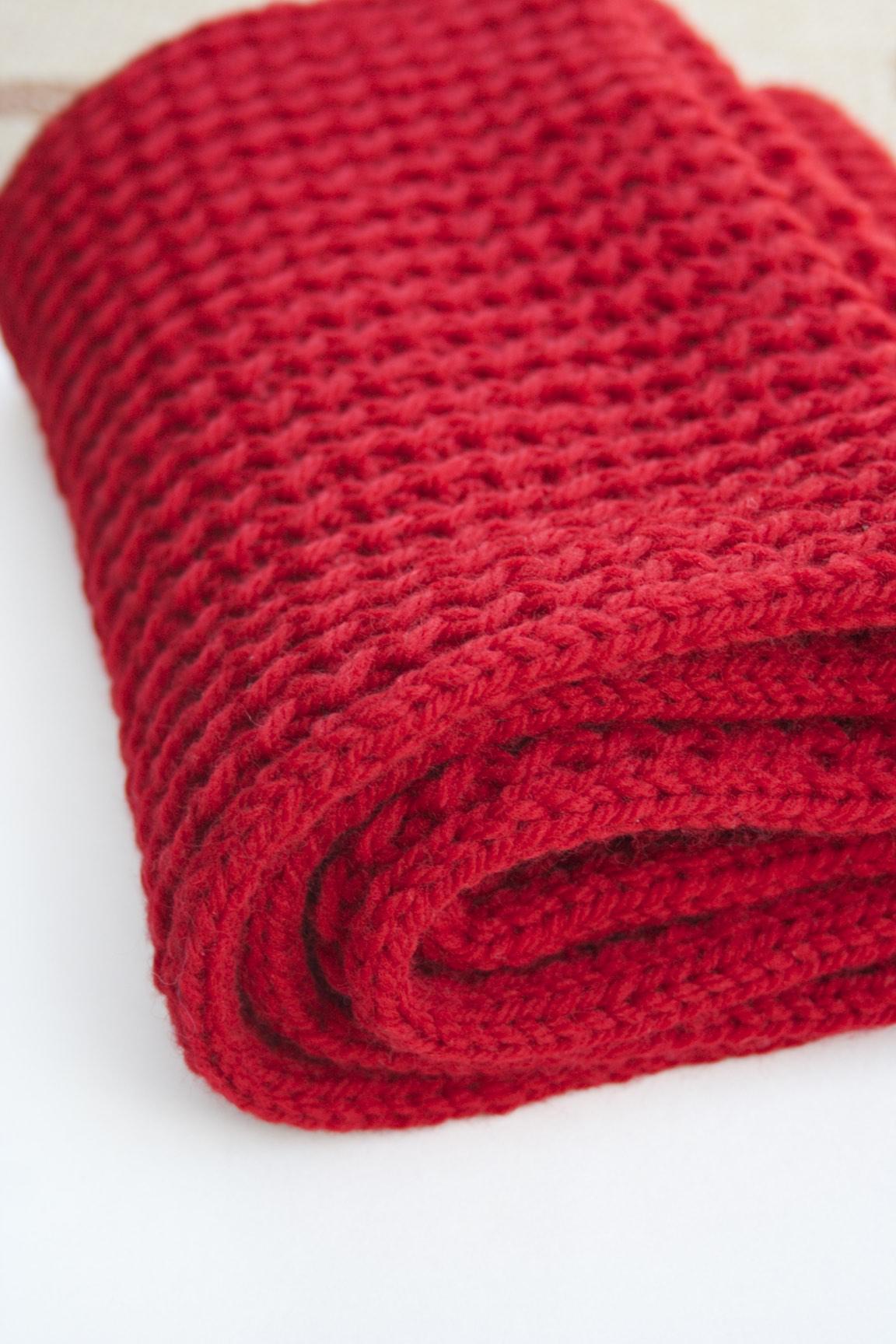 Oversized Cowl knitting pattern by Holli Yeoh   Vogue Knitting Early Fall 2015
