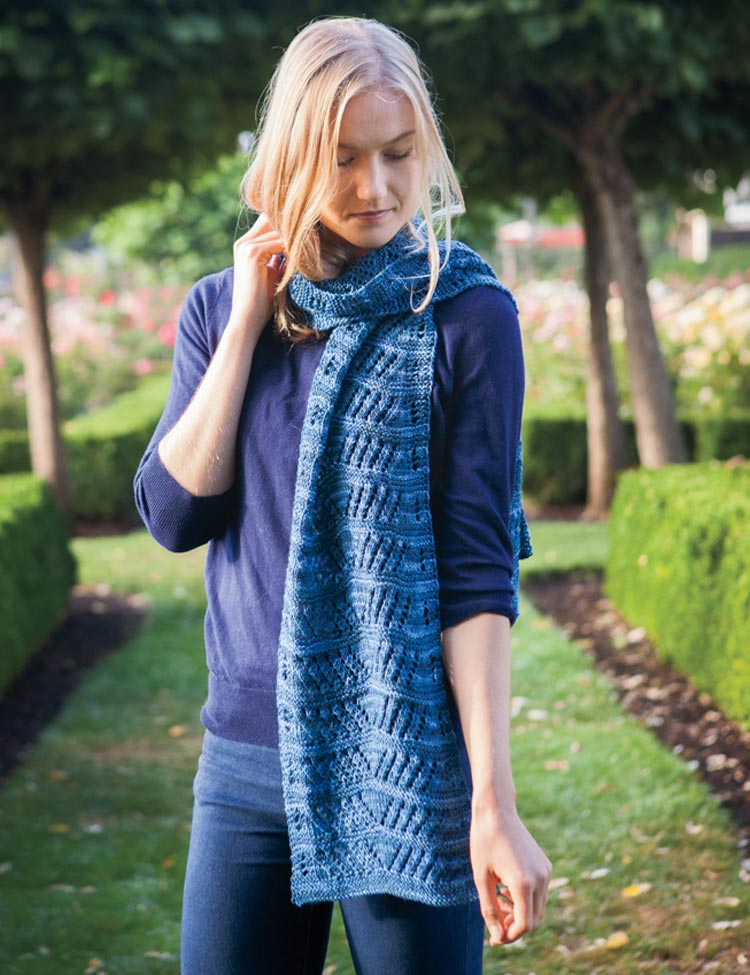 Voyageur Scarf knitting pattern by Holli Yeoh