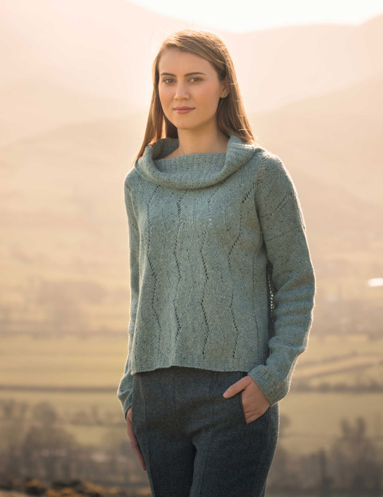 North Row pullover knitting pattern by Holli Yeoh