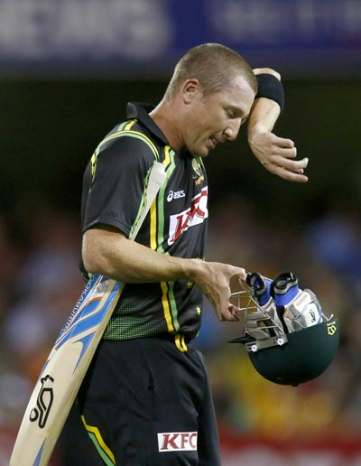 Australia wicket-keeper batsman Brad Haddin has announced his retirement from cricket.