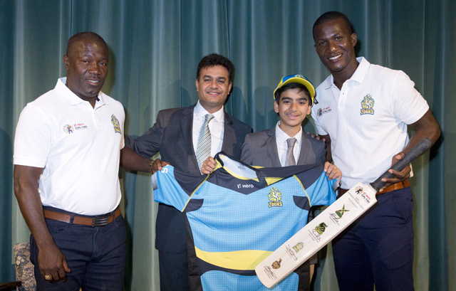 Pictured at the Hero Caribbean Premier League (CPL) unveiling of the new ownership of the St. Lucia Zouks franchise are Stuart Williams (Coach, St. Lucia Zouks), Jay Pandya and son Rohan (Owner, St. Lucia Zouks) and Daren Sammy (Captain, St. Lucia Zouks) at Soho Square, London. Photo by Henry Browne/CPL/Sportsfile