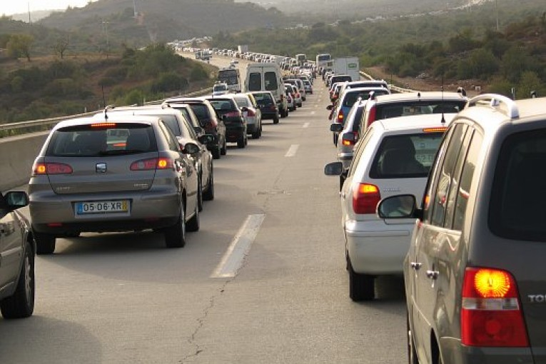 Heavy Travel Expected This Holiday; Low Gas Prices