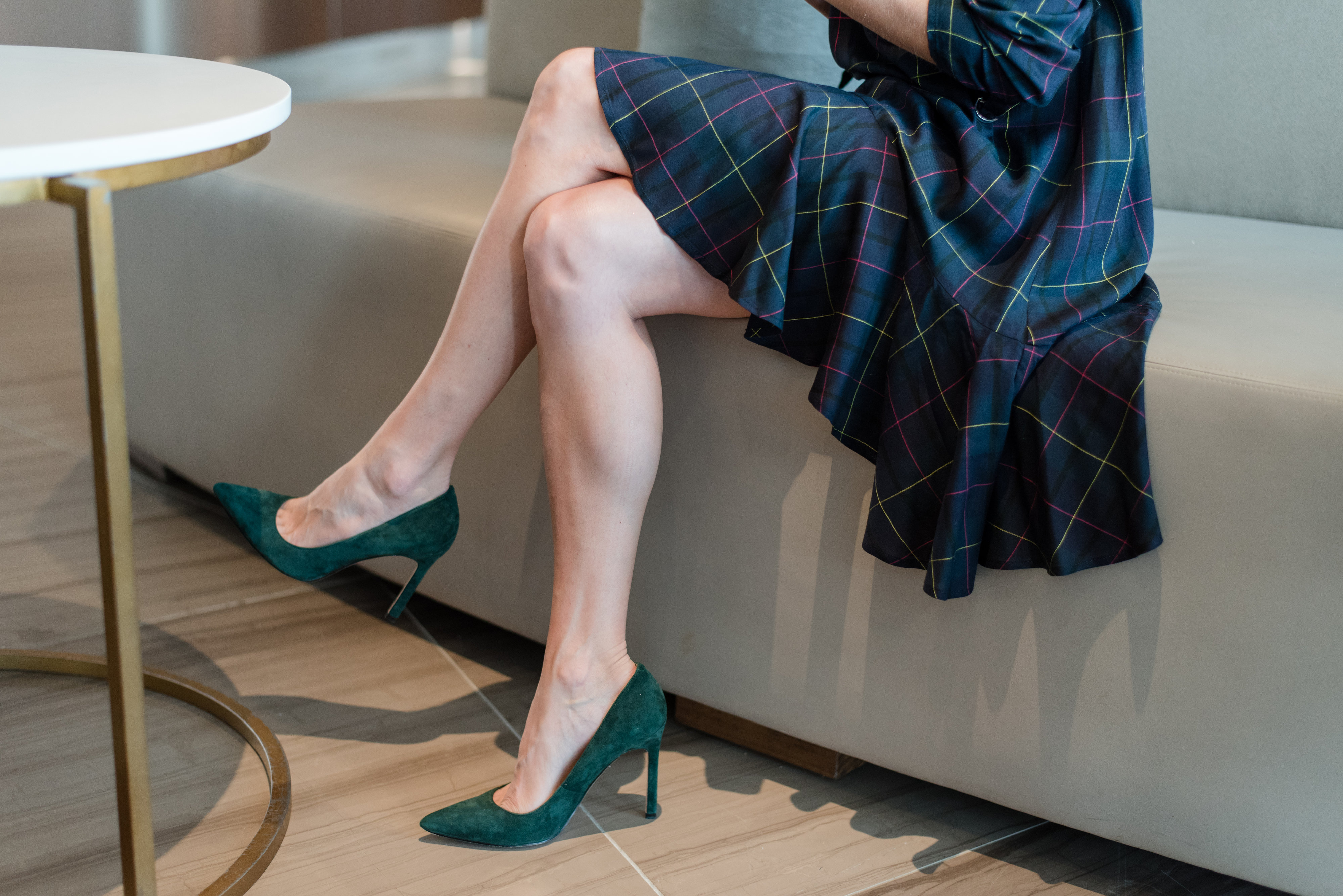 green, navy, plaid, dress, fall fashion, versatility, on the go, everyday style, westin The Woodlands