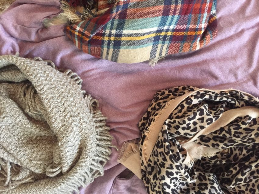 Express, Tshirt, mauve, fall fashion, layers, leopard scarf, oatmeal knit, infinity scarf, plaid, blanket scarf, layering, versatility, everyday style, how to accessorize