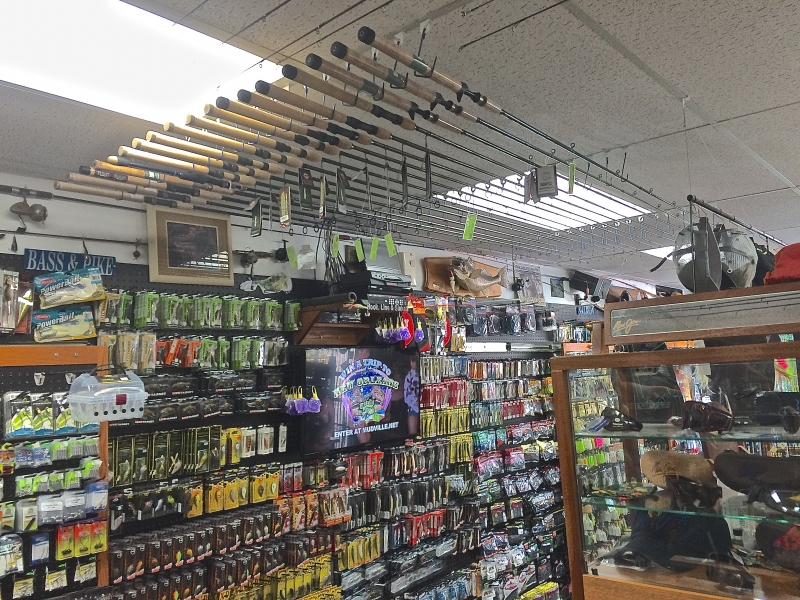 Float / Centerpin & Bottom Bouncing Rod Selection on Ceiling.