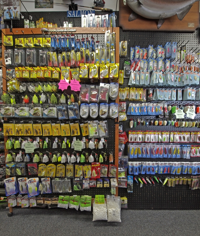 HLS - Store Random Product Pictures - Spinnerbaits.