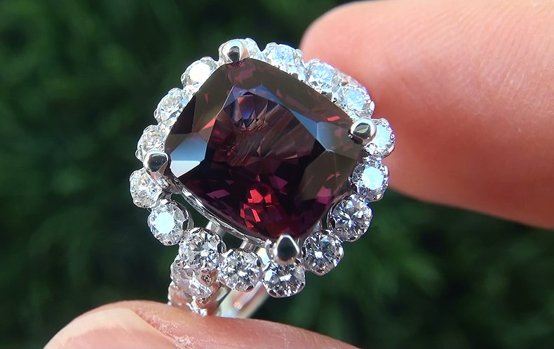 Certified 5.69 ct VVS Natural Purple Spinel Diamond 14k White Gold Cocktail Ring