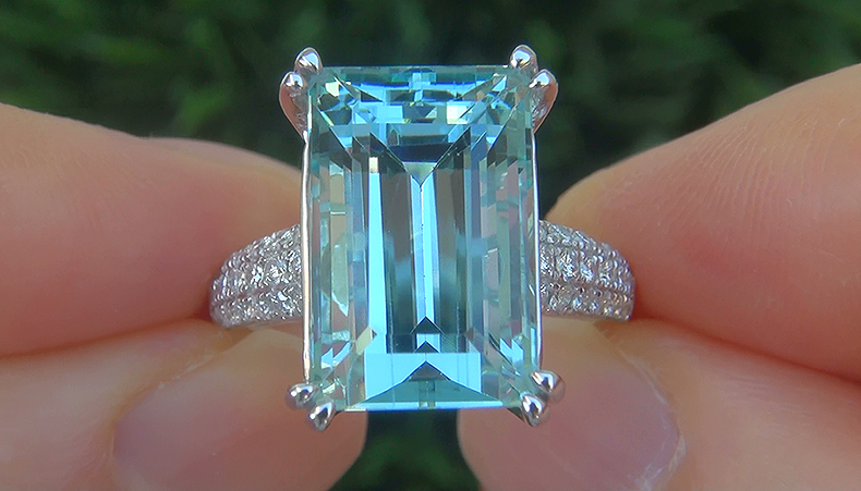 GIA 12.47 ct FLAWLESS Natural Aquamarine Diamond 14k White Gold Estate Ring