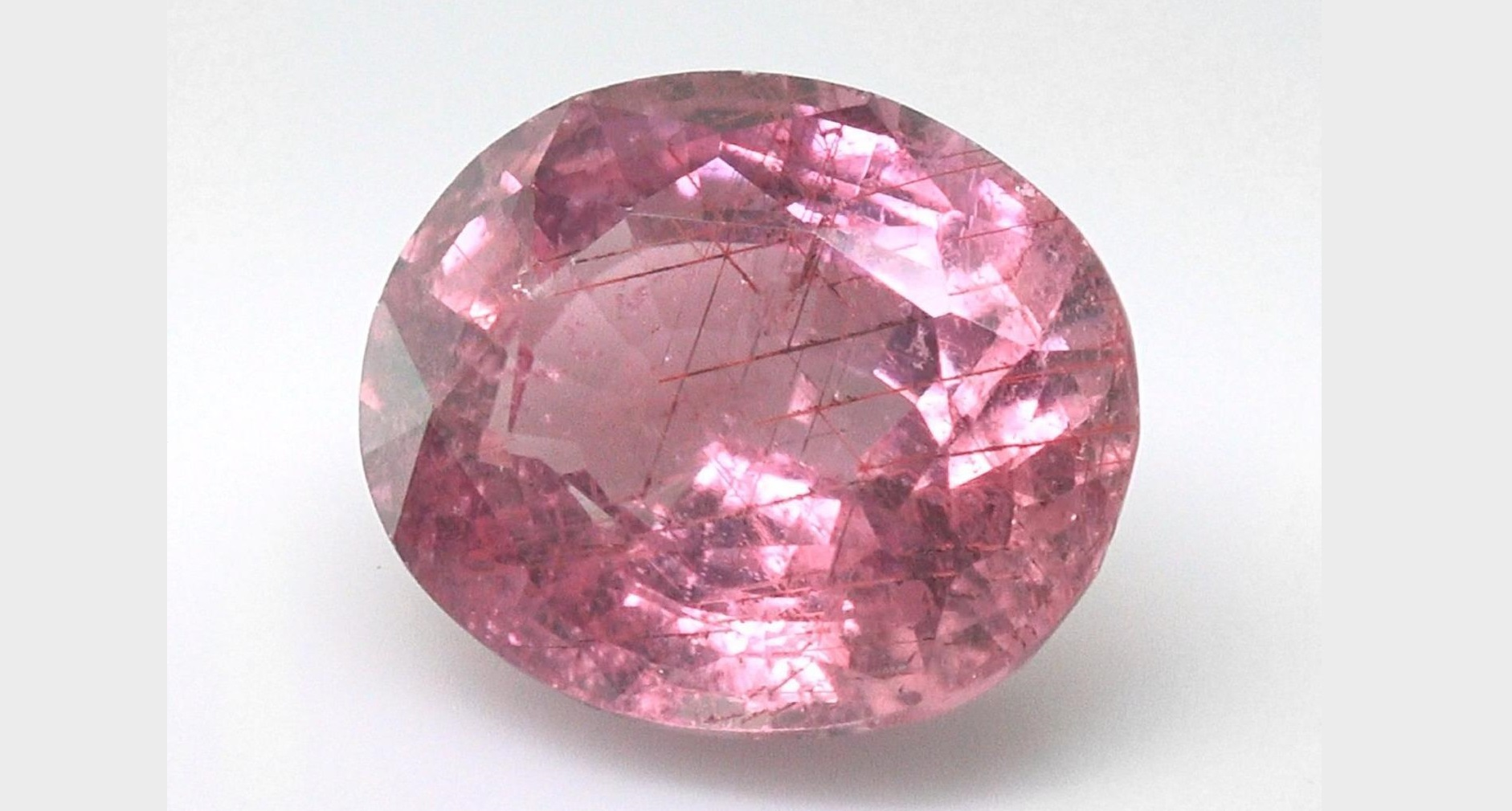 Certified Natural Unheated Sapphire Gorgeous Pinkish Orange Color 3.75 Carats