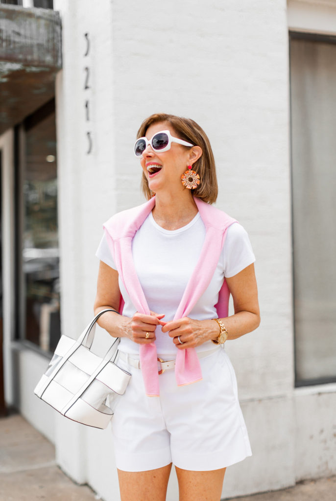 Clear handbag and white sunnies for summer fun