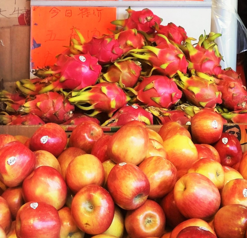 Apples and Dragon Fruit