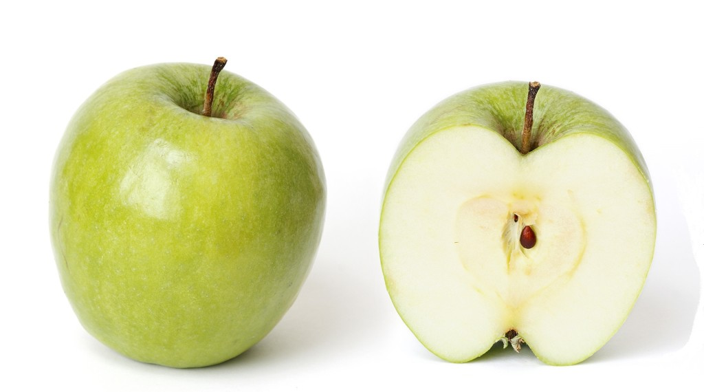 Granny_smith_and_cross_section zzz