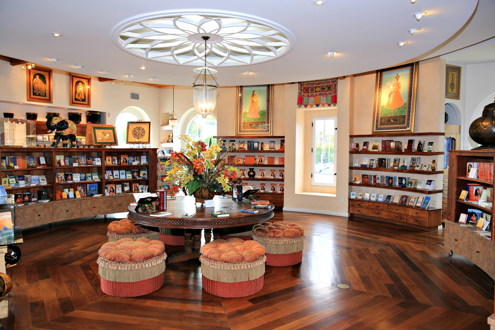 books-and-gifts-showcase
