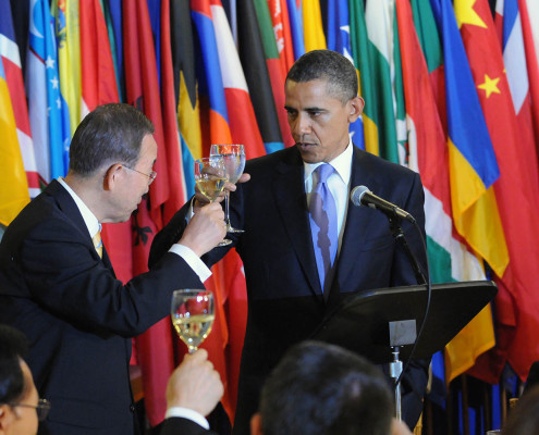 UN Secretary-General Ban Ki-moon and US President Barack Obama during a ceremonial toast at the United Nations.