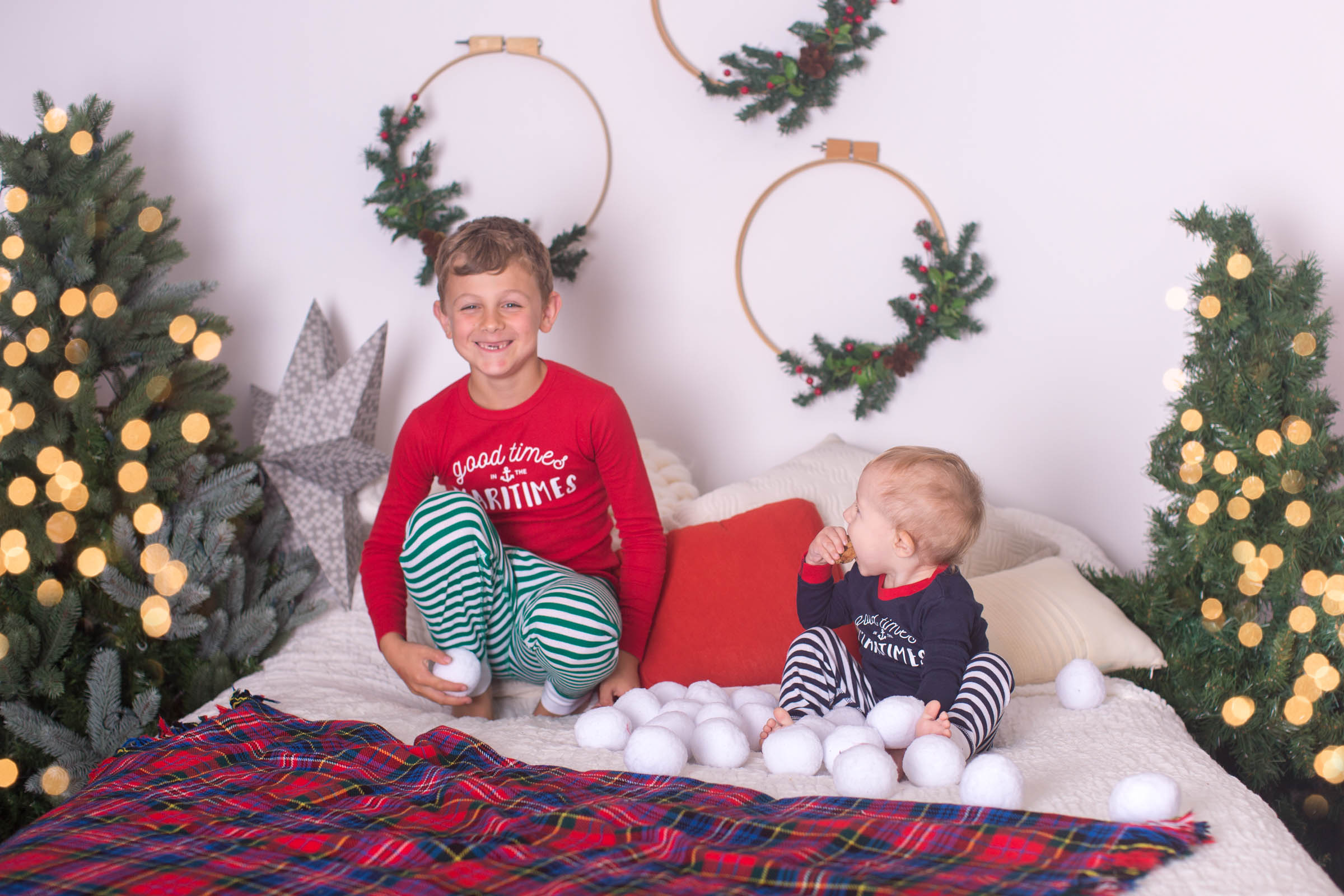 Image of 2 boys during Christmas session by KseniaP.Photography