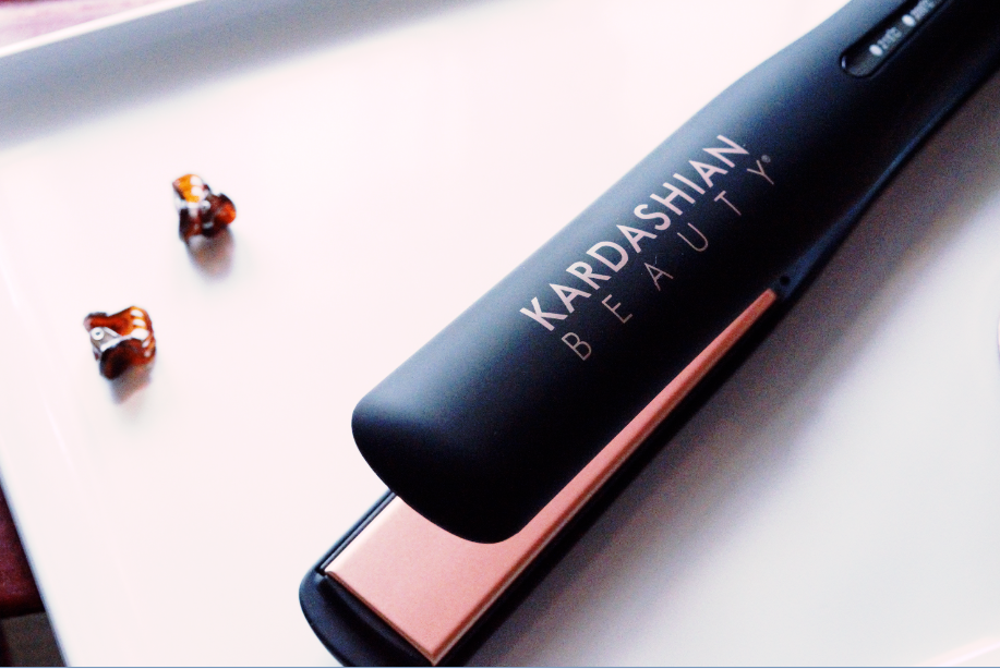 Ceramic 1″ Hairstyling Iron from Kardashian Beauty Hair {REVIEW}