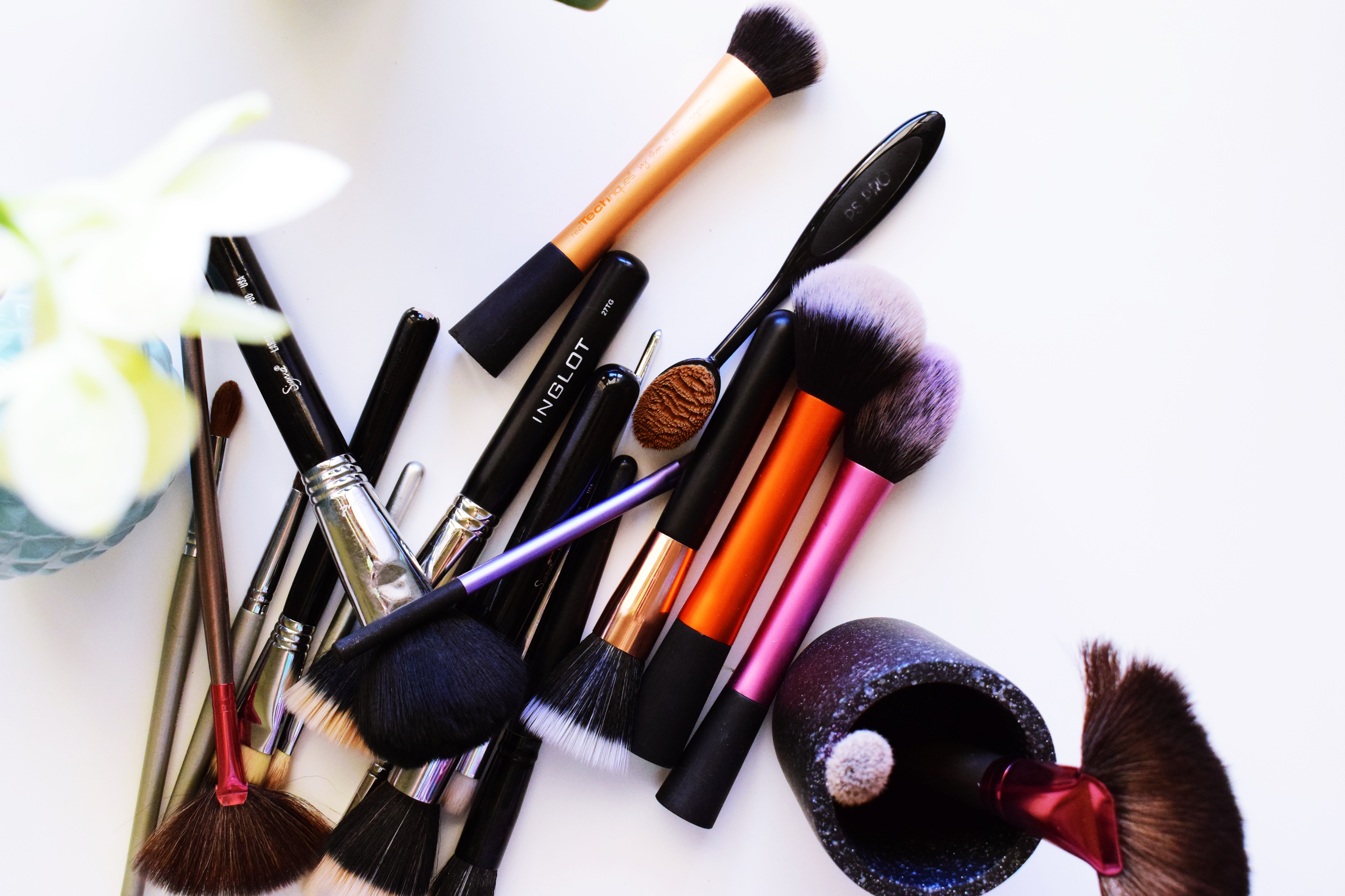 My Ride-or-Die High End Make-Up Brushes {FAVOURITES}