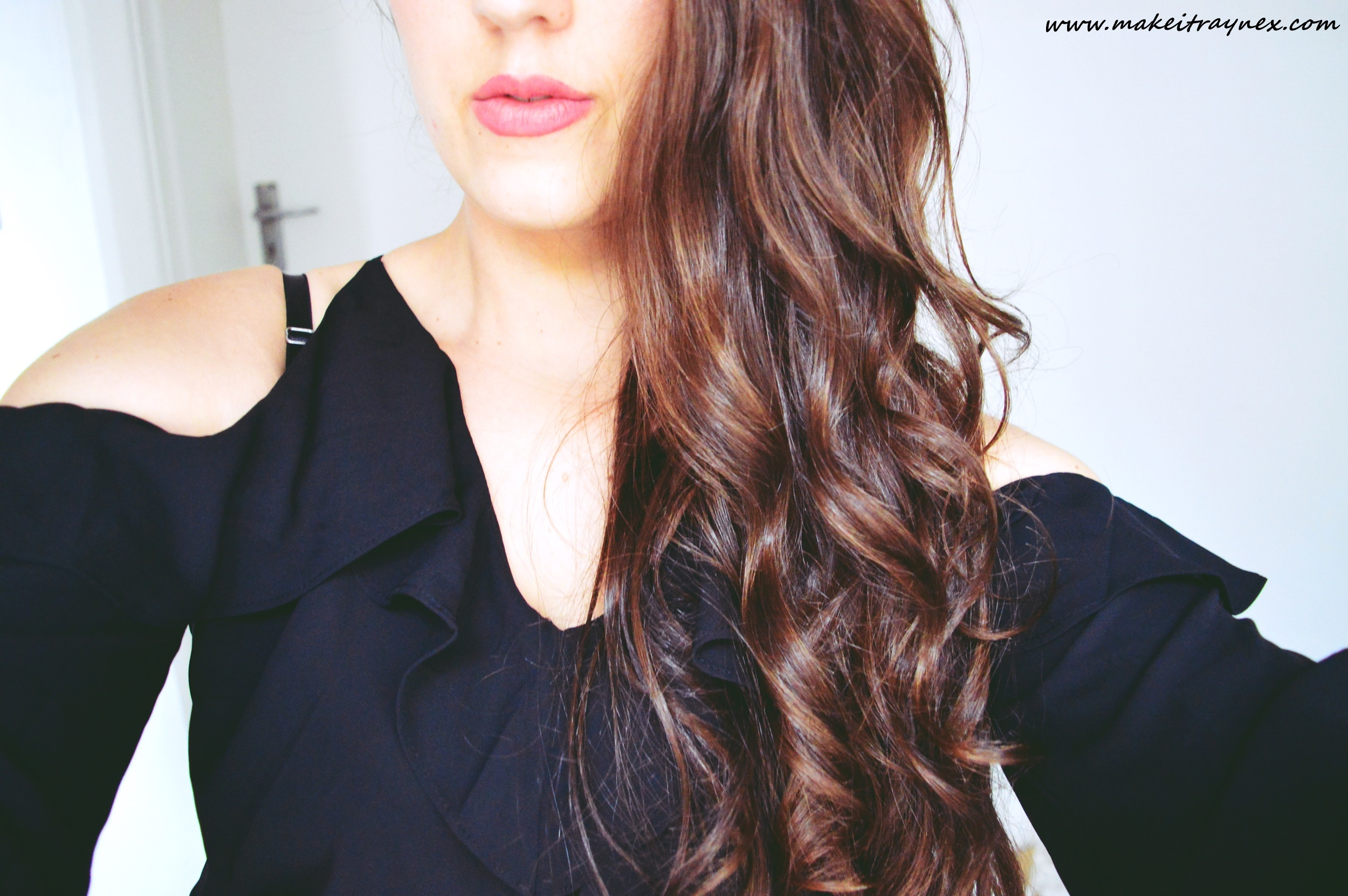 Frizz Ease Shampoo & Conditioner from John Frieda {REVIEW}