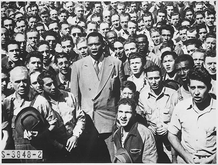 Paul_Robeson,_world_famous_Negro_baritone
