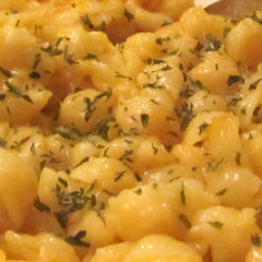 Pre-Cooked Mac & Cheese with Burger Hotdish
