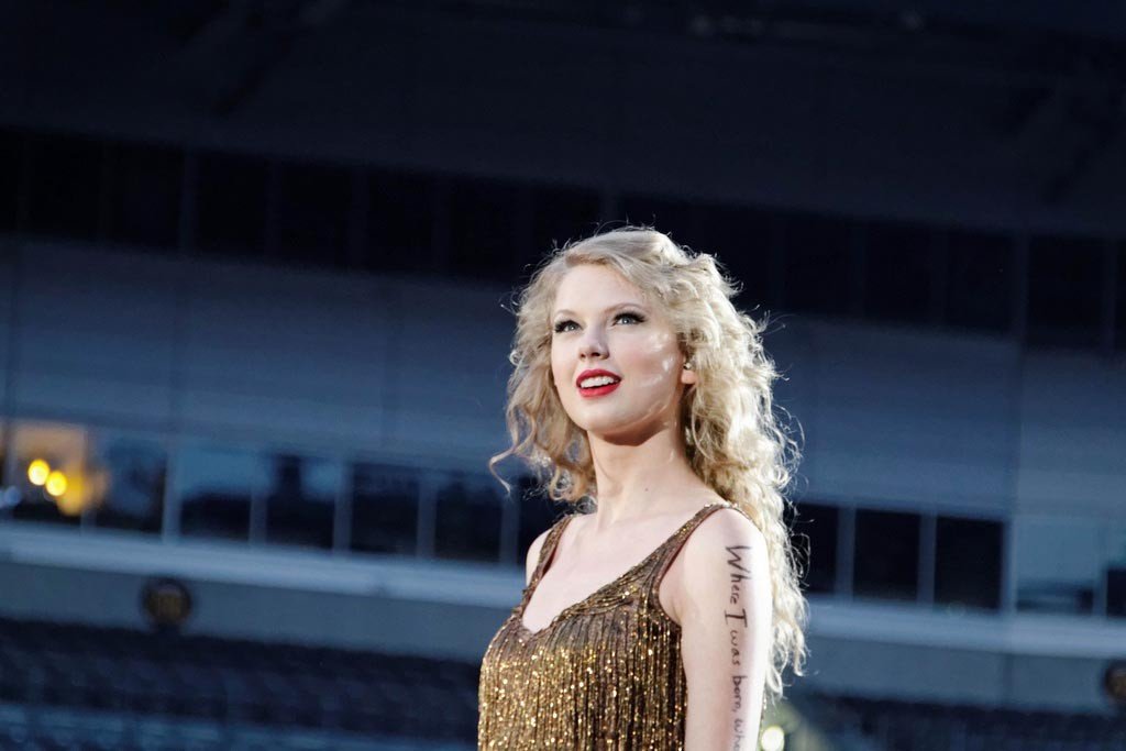 Taylor Swift Speak Now Concert at Heinz Field - photo Ronald Woan / Flickr Creative Commons.