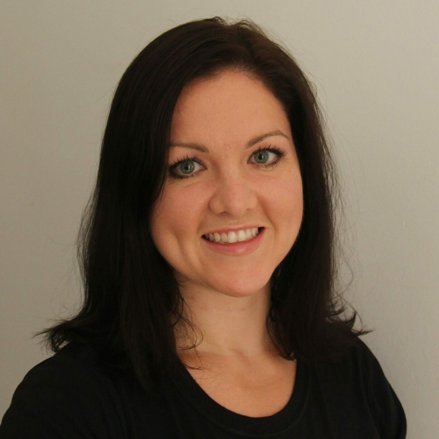 Lisa Flanders, Registered Physiotherapist in Ottawa with specialized training in pelvic floor physiotherapy.