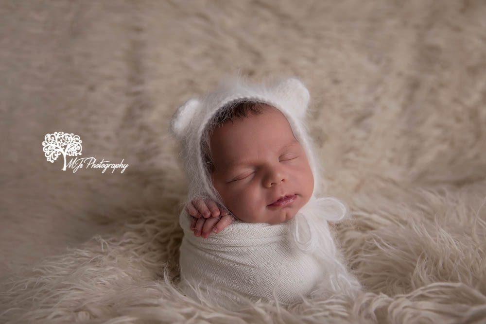 Fulshear newborn photographer, Spring newborn photographer