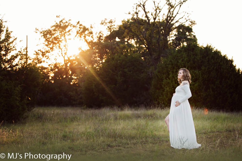 Fulshear maternity photographer