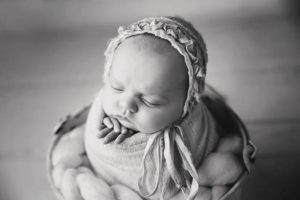 Cinco Ranch newborn photographers