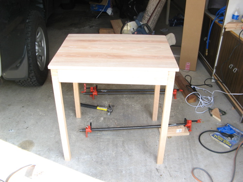 do-it-yourself kitchen table
