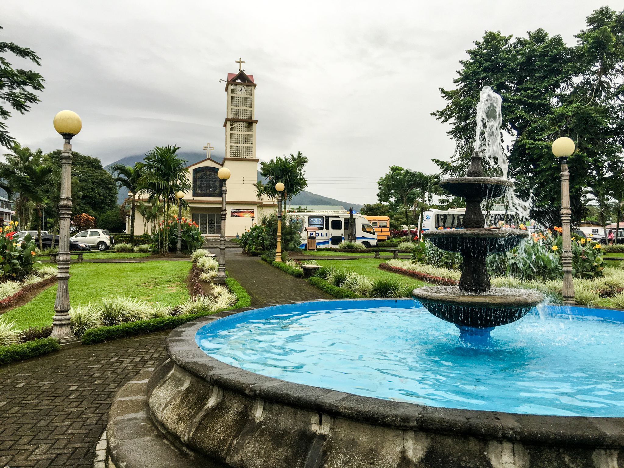 Later, I walked around La Fortuna and took this photo.