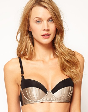 30D breast size
