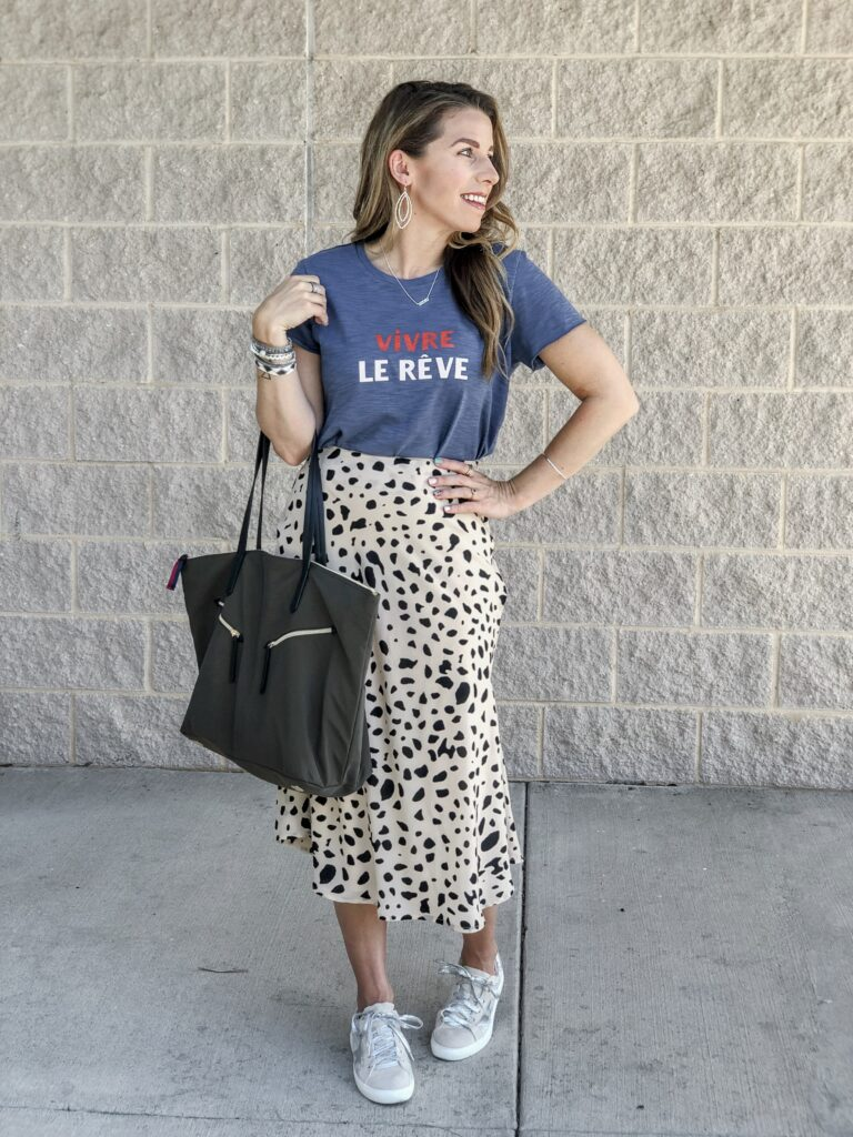 Stella & Dot 2019 Fall Collection Graphic Tee