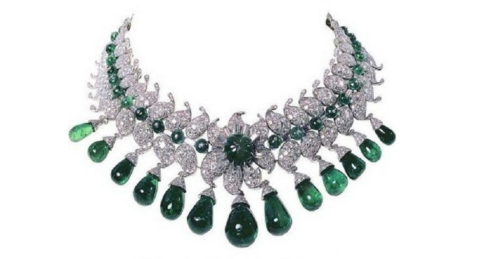 Van Cleef & Arpels Emerald and Diamond Necklace