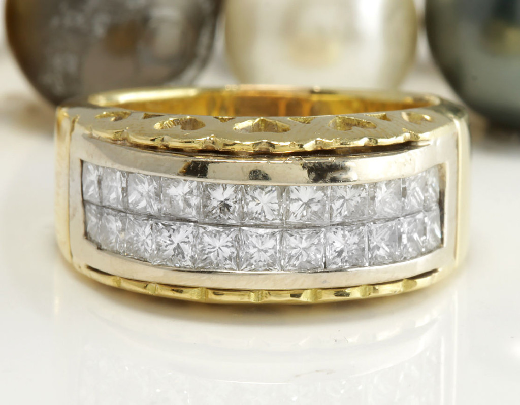 1.20 CTW Estate Natural VS2 / F-G DIAMONDS in 14K Solid Yellow Gold Ring