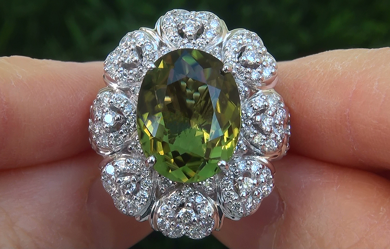 GIA 9.39 ct VVS1 Natural Chrome Green Tourmaline Diamond 18k White Gold Ring GEM PRIME Investment Grade Exotic VIVID Color Gem