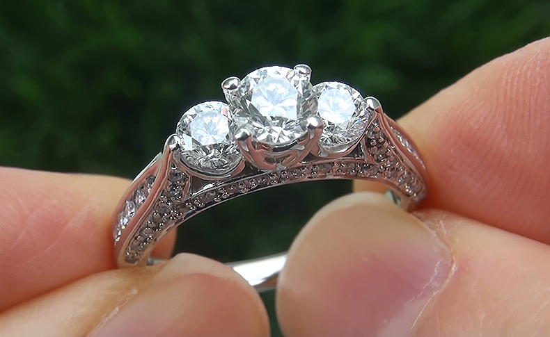 Natural 1.50 ct VS1/G 3 Stone Past Present Future Diamond 14k White Gold Ring