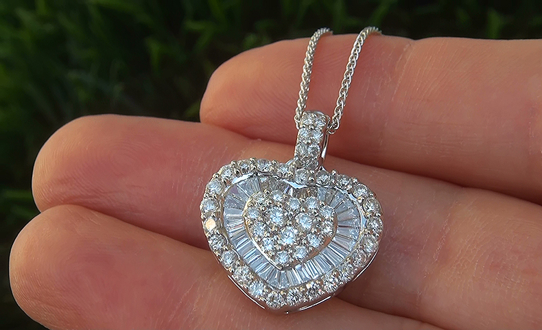Estate 2.48 ct Natural VS2/G Natural Diamond 18k White Gold Heart Pendant Necklace