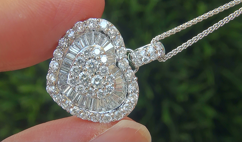 Estate 2.48 ct Natural VS2/G Natural Diamond 18k Wht Gold Heart Pendant Necklace