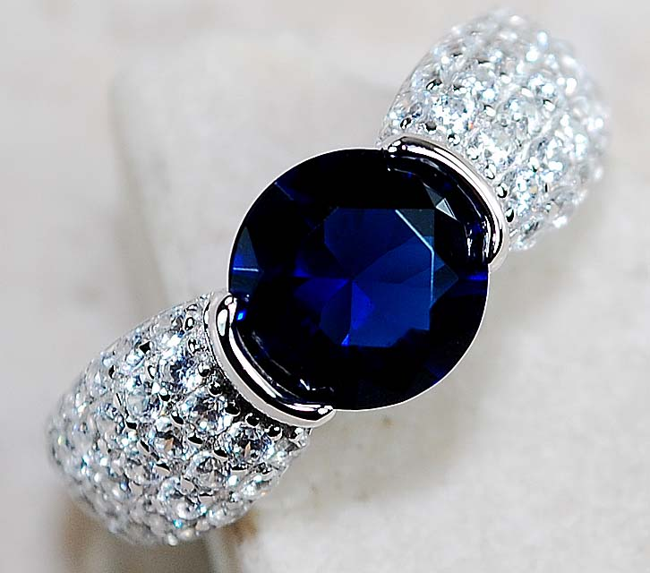 2CT Blue Sapphire & White Topaz 925 Solid Sterling Silver Ring