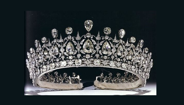 The Fife Tiara first belonged to Princess Louise of Wales, the oldest daughter of King Edward VII and Queen Alexandra. When Louise married the Earl of Fife in 1887 at Buckingham Palace, she received many presents including the stunning tiara with pear-shaped diamonds hanging freely in a diamond framework, topped with more pear-shaped diamonds which alternate with round diamonds. Though it is not certain, the tiara is believed to be the work of Parisian jeweller, Oscar Massin.
