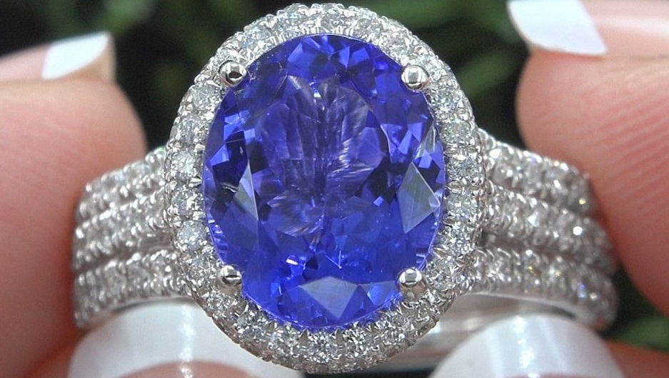 Tanzanite Diamond Cocktail Estate Ring 14k White Gold 5.11 TCW GIA Certified