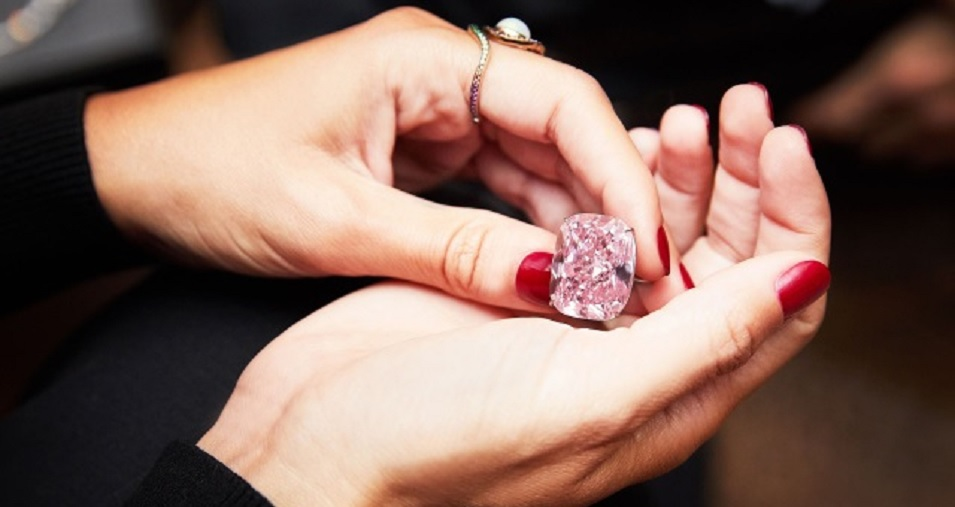 'THE RAJ PINK': THE WORLD'S LARGEST KNOWN FANCY INTENSE PINK DIAMOND. MAGNIFICENT FANCY INTENSE PINK DIAMOND RING. Super impressive because of the color and of course the size. This is the biggest recorded intense pink diamond ever to be certified by the GIA.
