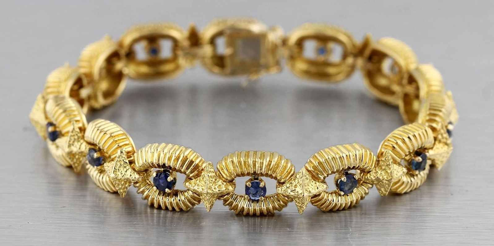 Vintage Estate 18K Yellow Gold 0.80ctw Blue Sapphire Diamond Link Bracelet