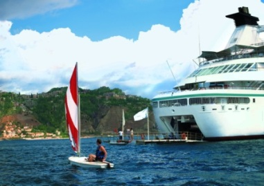 Small Luxury Ships and River Charters